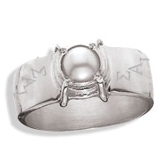 Sleek Ring with Cultured Pearl