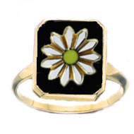 Square Onyx Ring with Mini Daisy