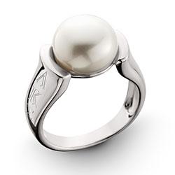 Raised Pearl Ring