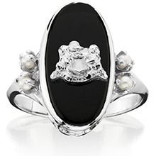 Imperial Onyx Ring with coat of arms and pearls