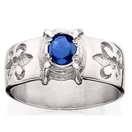 Sleek Ring with * Sapphire